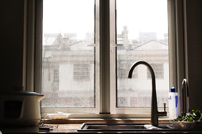 atmospheric still life of a kitchen sink