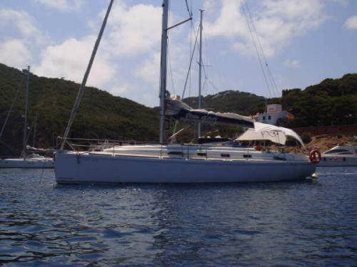 Yacht RO 400 for rent in Vigo