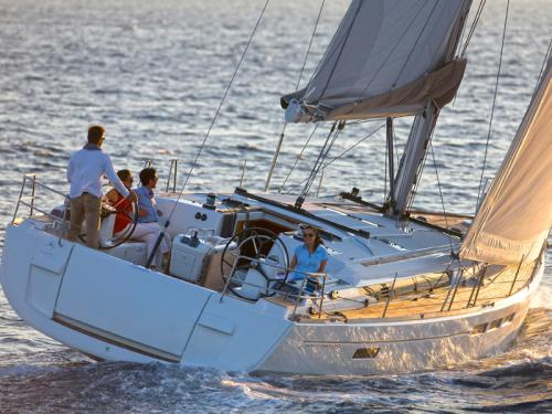 Sailing boat Sun Odyssey 519 for rent in Marina Lanzarote