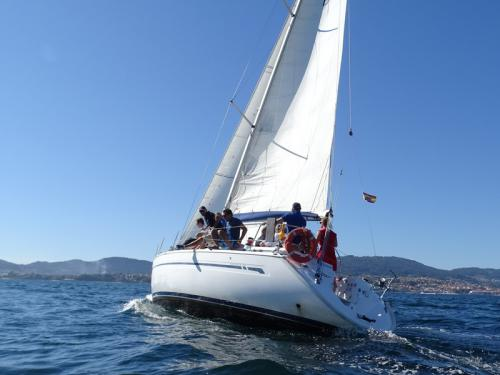 Yacht Bavaria 38 available for charter in Vigo