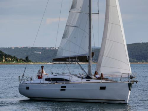 Sailboat Elan 45 Impression for hire in Vigo